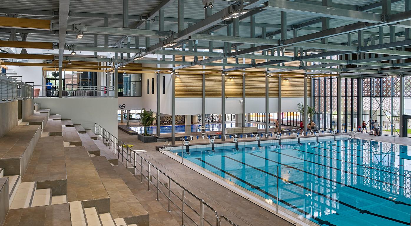 """Centre aquatique """"La Calinésie"""" - Un méga complexe nautique à Libourne (33)"""